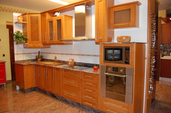 Muebles de cocina clasicos en madera perfect muebles vintage en la cocina ideas a lo clsico muy - Muebles de cocina clasicos ...